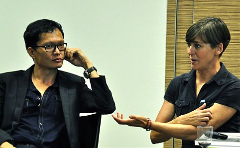 Randy Chan and Philippa Lawrence talking through their ideas.